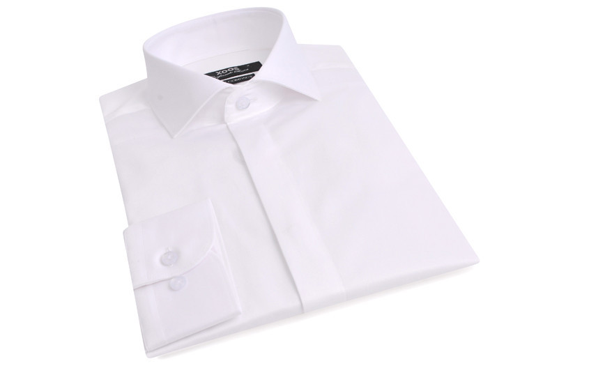 Chemise blanche gorge...